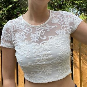 2/$20! F21 Lace Crop Top